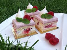 Malinové řezy Individual Cakes, Dessert Recipes, Desserts, Yummy Cakes, Eat Cake, Nutella, Nom Nom, Cheesecake, Food And Drink