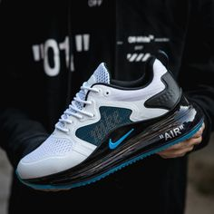Nike Air Max 720 White Black Blue Men's Athletic Sneakers Air Max Sneakers, Nike Air Shoes, Sneakers Mode, Nike Shoes Outlet, Sneakers Fashion, New Nike Shoes, Nike Socks, Fashion Outfits, Black Sneakers