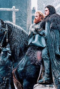 Jon and Tormund Game of Thrones 507  The Gift (x)