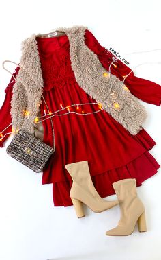 Bohemian fall style-Red crochet trim lace layered dress outfit.