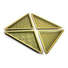 12142-02#S/4 GREEN/GOLD CERAMIC TRIANGLE TRAYS