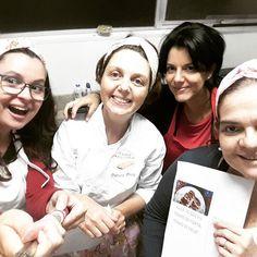 Um pouco da nossa delícia de aula! #auladetortas #pizzato 🌱🐔🐄🍫🍰 @donamanteiga #donamanteiga #danusapenna #amanteigadas #gastronomia #food #bolos #tortas www.donamanteiga.com.br
