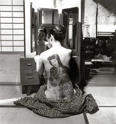 """COPYRIGHT BY MARTHA COOPER FROM THE BOOK """"TOKYO 1970""""....PARTAGE OF JAPANESE TATTOO ( IREZUMI ) ON FACEBOOK..."""