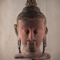 Rare Buddha head Thailand 16th - 17th century Wood and red sandstone H 50 cm x W 27 cm x D 23 cm