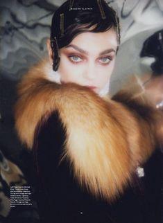 Zhenya-Katava-Flapper-Looks-Iris-Covet-Book- (7).jpg