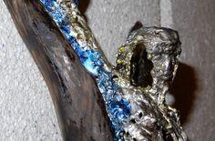 "Unikat - Zinn auf Treibholz - ""the seven faces"" - 64x15cm #kreuz #art #kunstwerk #skulptur Zinn, Moth, Insects, Rings For Men, Jewelry, Driftwood, Crosses, Artworks, Men Rings"