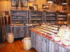 Moonshine Ridge Country Store & Cafe: Interior view of Moonshine Ridge . Decor Interior Design, Interior Decorating, Cafe Interior, Farm Cafe, Sevierville Tennessee, Old Country Stores, Business Furniture, General Store, Country Decor