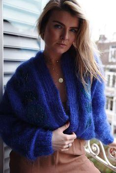 Women's Sweaters, Cardigans, Sweaters For Women, Blue Cardigan, Submissive, Beautiful Women, Winter Fashion, Wool, Beauty Women