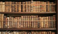 Waarom we van de geur van oude boeken houden | MustReads http://mustreads.nl/waarom-we-van-de-geur-van-oude-boeken-houden/