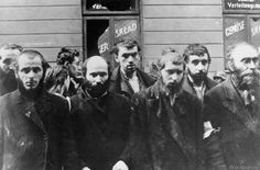 Jewish Rabbis in Warsaw ghetto  Poignant Photos of WWII Time | English Russia
