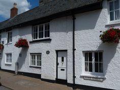 Streamside Cottage in Beer, Devon