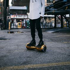 The gold colorway is one of our favorites. What color would your board be? #hoverboard_360