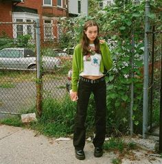 Teen Girl Fashion, Teen Girl Outfits, Dope Fashion, Fashion 2020, Fashion Outfits, Other Outfits, Cute Outfits, Dr. Martens, Types Of Fashion Styles