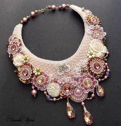Beautiful bead embroidered jewelry by Irina Chikineva