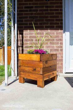 Learn how to build a square planter box for your front porch. #twofeetfirst #DIY #planterbox