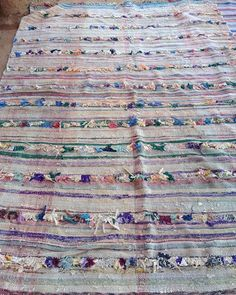 WEBSTA @ artofvintagesouk - #boucherouite #rugs #berberrugs #flatwovenrug #bohemianinteriors #erhnicdecor #moroccanrug  #ragrug #artisan #handwoven #softcolours #desertart #textiles #vintagerug #vintageboucherouite #usa #london #australia #netherlands #france #Wales