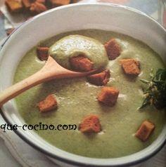 Qué Cocino les trae una receta Argentina muy rica y reconfortante para días de frío. Una sopa de berros caserita, bien cremosa y nutritiva para calentar el cuerpo y el alma. No dejen de probar este plato.