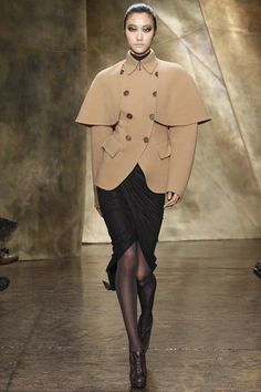 Donna Karan - www.vogue.co.uk/fashion/autumn-winter-2013/ready-to-wear/donna-karan/full-length-photos/gallery/924208