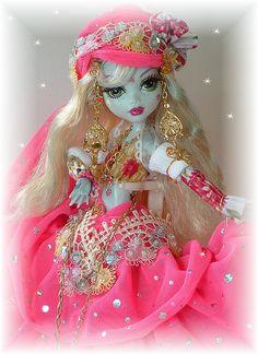 cutie pie's creepy dolls