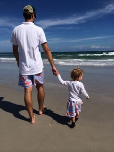 Shop our gift guide for the beach dad. I want this and I want it with kevin kiermaier