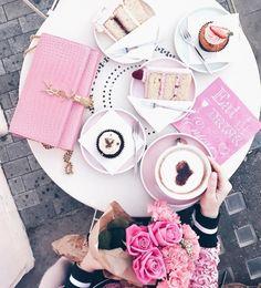 ♡ Breakfast at Hannah's ♡