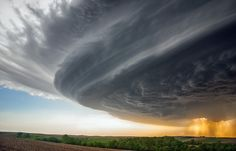 Supercell storm in Sioux City, Nebraska