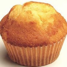 Basic muffin recipe: here& how to make the basic dough of sweet muffins to prepare . - Basic muffin recipe: here& how to make the basic dough of sweet muffins to be prepared with s - Muffin Base, Cream Cheese Muffins, Corn Muffins, Köstliche Desserts, Delicious Desserts, American Cake, Cinnamon Muffins, Torte Cake, Plum Cake