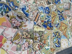 Barcelona -Gaudi -Park Guell -bench detail