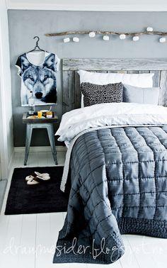 kleines regal hinter dem bett betten pinterest. Black Bedroom Furniture Sets. Home Design Ideas
