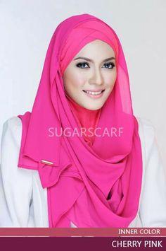 Beautiful in pink hijab from Sugarscarf....