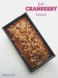 fresh cranberry bread recipe - perfect for thanksgiving or entertaining a crowd! so easy to make! #fitfluential #ebeggsfit #ad