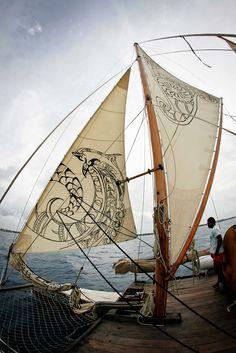 poormonkey:  sailing in Tonga (photo tanya edwards)