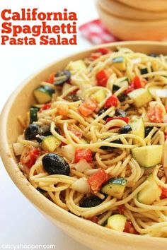 We are always needing salad recipes for summer and this California Spaghetti Pasta Salad was a hit. The salad is loaded with veggies like zucchini, cucumbe California Spaghetti Salad Recipe, Hawaiian Macaroni Salad, Cooking Recipes, Healthy Recipes, Picnic Foods, Pasta Salad Recipes, Summer Salads, Summertime Salads, Soup And Salad