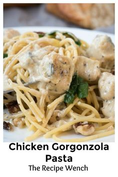 I was surprised how easy Creamy Gorgonzola Pasta Sauce was to make! The cheese does all the work. Shhh, it's our secret! | The Recipe Wench: