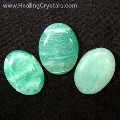 Green Aventurine is good for working with the Heart Chakra and with the Water Elements. Green Aventurine is known as the good luck stone and is often used in rituals with green candles, or kept in cash boxes or drawers to attract money.
