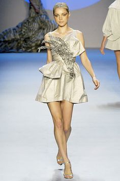 Zac Posen Spring 2008 Ready-to-Wear Fashion Show - Jessica Stam