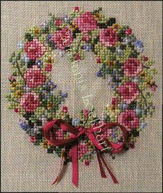 Summer Splendor Wreath ~ by Cross-Point Designs; yeoldecs.com