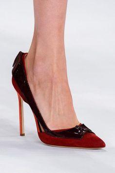 Carolina Herrera Spring 2015 heels Zapatos De Cuero 70c09cad4f8