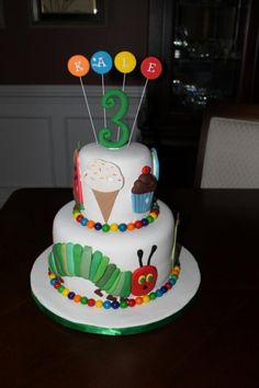 AMAZING Eric Carle Cake! I wish I had this when I was 3!