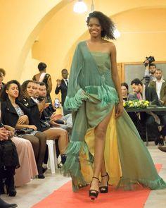 As 7 melhores imagens em Noivas e Vestidos | Vestidos