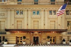 Risultato della ricerca immagini di Google per http://www.prco.com/it/files/2012/06/the-pierre-hotel-new-york-03.jpg
