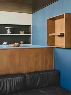 Modern Living - Le Corbusier's Paris Apartment Le Corbusier, Modern Love, Modern Glass, Cinder Block Walls, Cereal Magazine, Small Space Office, Interior And Exterior, Interior Design, Glass Facades