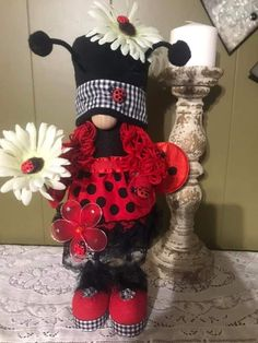 Easy Crochet Patterns, Elf, Minnie Mouse, Wine Bottles, Door Hangers, Frogs, Scandinavian, Crafts, Craft Ideas