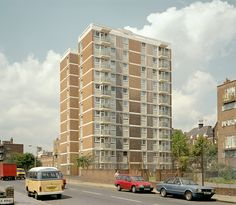 kingsland estate whiston road haggerston hackney london uk ©chris dorley-brown The block was constructed by Shoreditch Metropolitan Borough Council, an eleven-storey H-plan block consisting of 44 two-bedroom flats. Construction was approved by committee in 1955. www.pastscape.org.uk/hob.aspx?hob_id=1501898&sort=4&a... London Architecture, Urban Architecture, Council Estate, Bethnal Green, Social Housing, Urban Industrial, Urban Life, Urban Planning, Brutalist