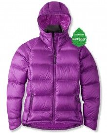 A mountain town must-have, packed with 800 fill, responsibly sourced, water-repellent HyperDry™ down and an Illume Cire™ fabric, this jacket keeps you toasty and sheds the elements. Vest Jacket, Hooded Jacket, Best Skis, Mountain Style, Jackson Hole, Hoods, Winter Jackets, Fill, Catalog