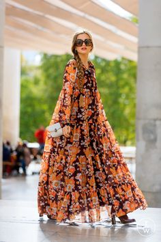 TAGWALK is a free fashion search engine which allows you to search for models, trends, accessories and fashion shows by keywords Fashion Wear, Fashion 2020, Hijab Fashion, Paris Fashion, Spring Fashion, Fashion Dresses, Maxi Robes, Casual Street Style, Lovely Dresses