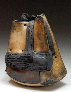 By Robert LaWarre Ceramics (American: 1972) - https://www.facebook.com/pages/Robert-LaWarre-Ceramics
