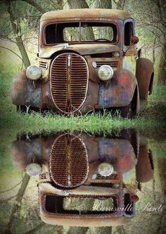 Old Truck Photography FORD PICKUP. Where I come from this pickup is called a barrel nose Ford. Abandoned Cars, Abandoned Places, Abandoned Vehicles, Abandoned Homes, Old Truck Photography, Automotive Photography, Pompe A Essence, Old Pickup Trucks, 4x4 Trucks