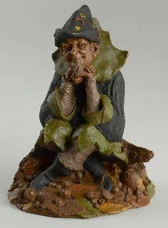 Tom Clark Tom Clark Gnomes Halley - No Box Tom Clark, Gnome House, Leprechaun, Fairy Gardens, Gnomes, Landscape Design, Fairies, Dinnerware, Garden Sculpture