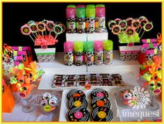 Fiesta Disco Birthday Party - Birthday Party Ideas for Kids and Adults Disco Birthday Party, 50th Party, Disco Party, Birthday Games, Birthday Parties, Neon Party Decorations, Baby Shower Decorations, Party Themes, Party Ideas